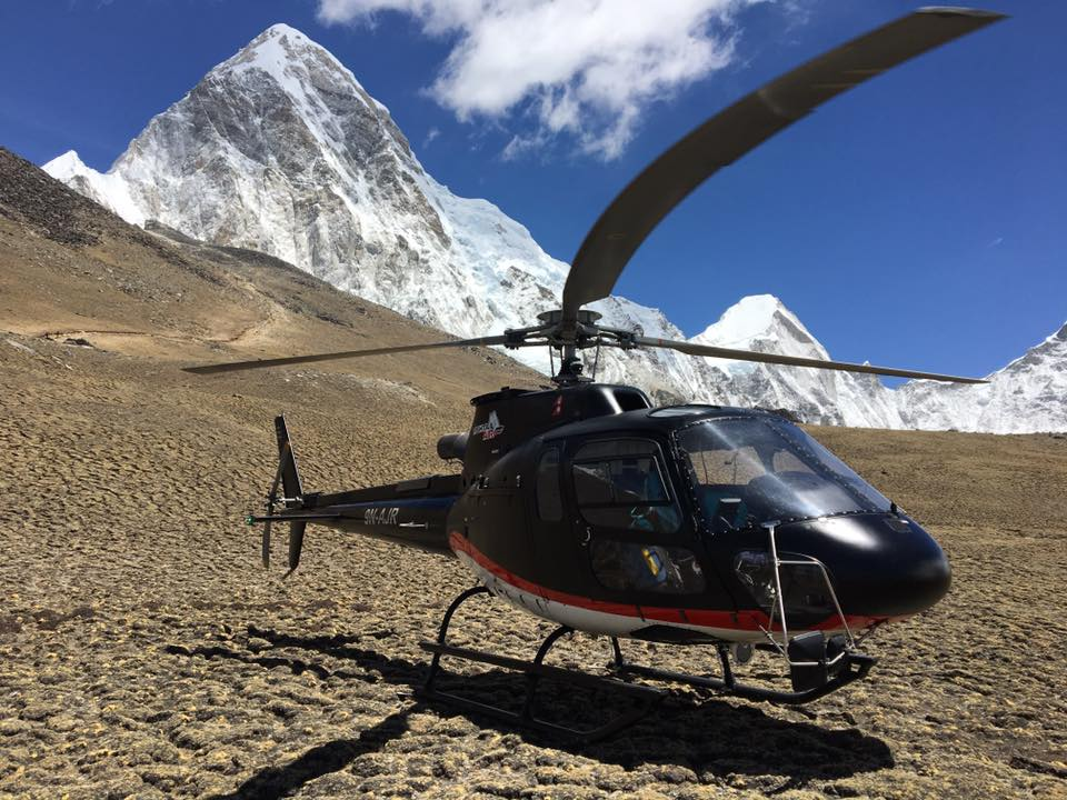 1-day upper mustang helicopter tour